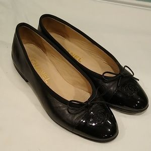 Chanel black with patent toe ballet flats size 5